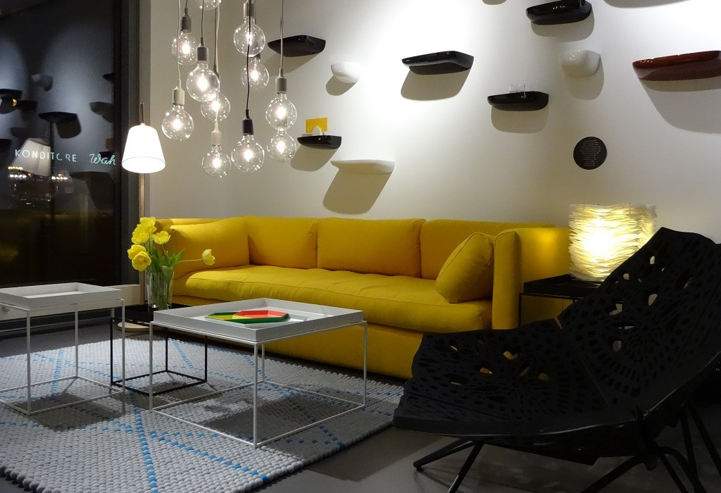 sofa gelb ligne roset sofa multy x ocker gelb in berlin with sofa gelb cor trio sofa in gelb. Black Bedroom Furniture Sets. Home Design Ideas